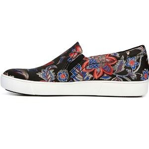 Naturalizer Marianne Floral Brocade Slip On Shoe